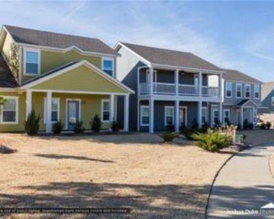 1614 N Golf Club Dr, Fayetteville, AR 72704 3 Bedroom House