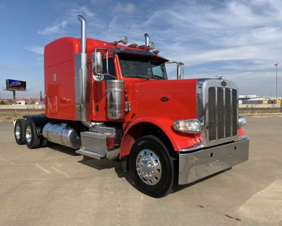 2016 PETERBILT 389 Sleeper Trucks Truck