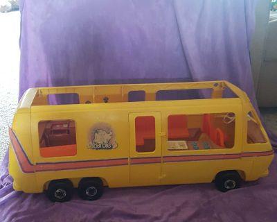 1976 Vintage Barbie Star Traveler Camper RV GMC Eleganza Motor Home Bus