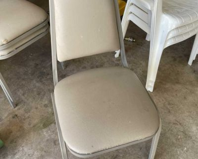 Set of 3 chairs pick up close to Peterson AFB