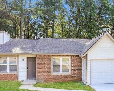 1061 Brandon Hill Way Jonesboro, GA 30238