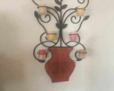 Flower decor with candles