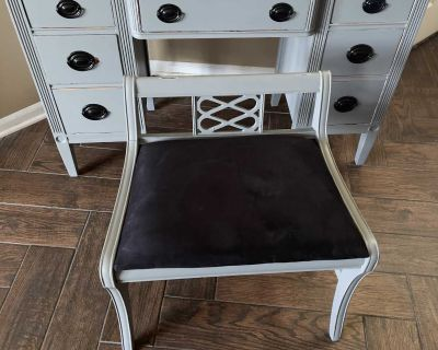 7 Drawer, Vintage/Antique, Vanity/Home Office Desk w/ Matching Chair and Mirror