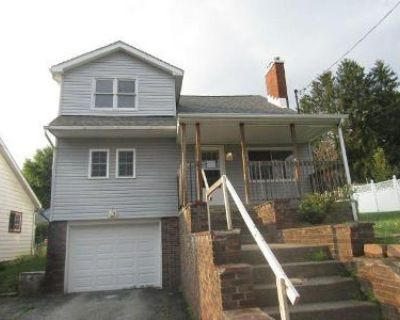 6 Bed 2 Bath Foreclosure Property in Fairmont, WV 26554 - Russell St