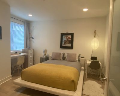 Large private room + bath