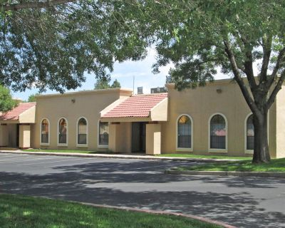 Parkway Center | Office/Warehouse for Lease