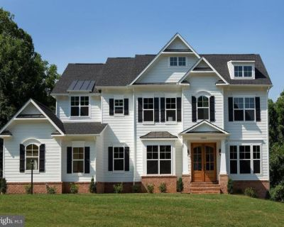 Home For Sale In Round Hill, Virginia