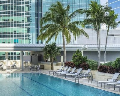 Sextant | Brickell Condo | 3 Bedroom at Conrad Hilton | 10 mins to South Beach - Brickell