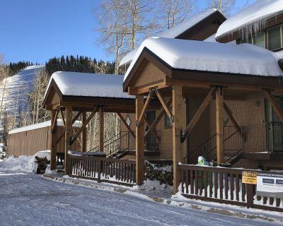 Ski in, Ski Out Condo at Eagle Point Ski Resort | Sleeps 10, 7 beds Remodeled - Beaver