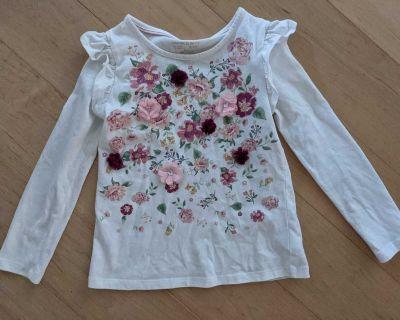 Floral shirt size 5/6