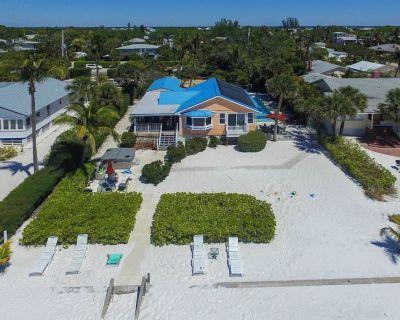 Gulf/Beach Front Home w/ Pool & Hot Tub - Mid Island