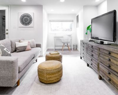 Stylish, 1 bedroom getaway located in the center of DC - Bloomingdale