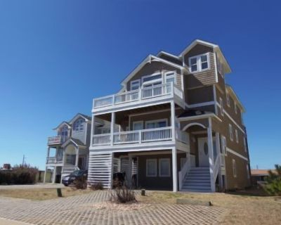 Large Semi-Ocean Front, Elevator, all master bedrooms, private pool, hot tub, Pets OK, views! Nh1... - Nags Head