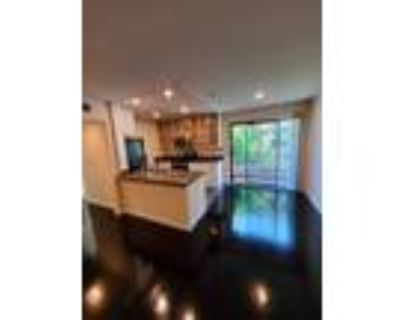Free Rent Special! Beverly Hills West Hollywood! Washer Dryer! Hardwoods! St...
