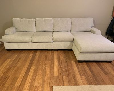 Gorgeous Cream 3-Piece Sectional with Chaise