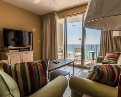 Features King in Master and Two Doubles in Guest Bedroom! - Miramar Beach