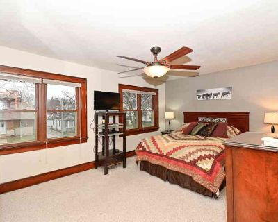House for Sale in Milwaukee, Wisconsin, Ref# 201833243