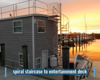 2020 Houseboat Custom