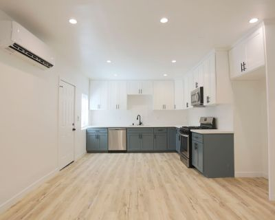 Newly Renovated Three Bedroom Apartment In Silver Lake - Minutes From Sunset Junction!