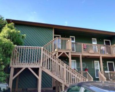 300 300 South Cherry Street - G, Kernersville, NC 27284 2 Bedroom Condo