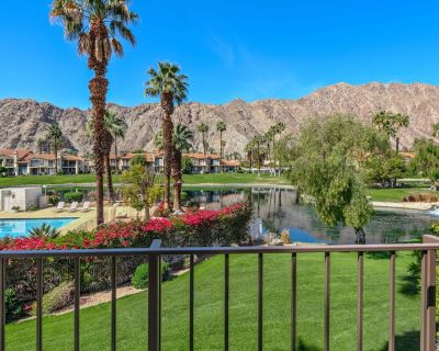 Stunning Mountain Views from this Beautiful Private Townhome! - La Quinta
