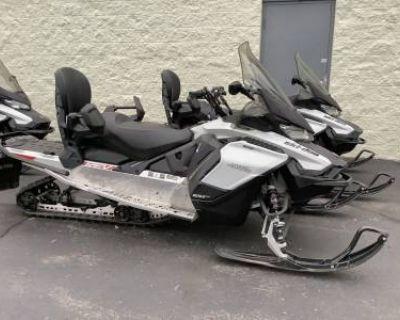 2020 Ski-Doo Grand Touring Sport Rotax 600 ACE