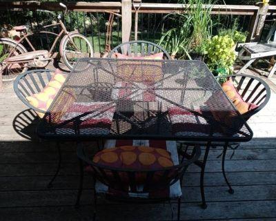 Leawood Online Estate Sale Iron Patio Furniture Whirlpool Refrigerator Antique Collectibles La