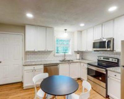 Room for Rent - Live in Carroll Heights, Atlanta, GA 30331 1 Bedroom House