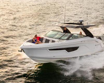 2022 Cruisers Yachts 34 GLS