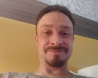 P. H., 39 years, Male - Looking in: Broomfield CO