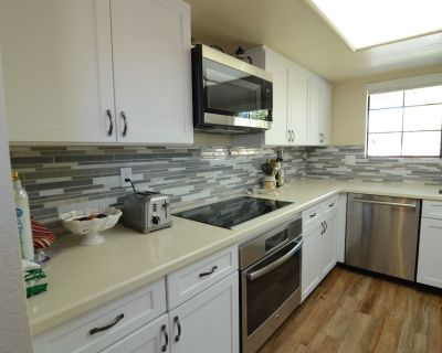 Beautiful Palm Springs Condo In The Popular Mesquite Country Club - Palm Springs