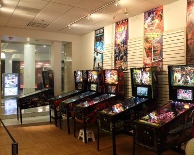 Retro arcade - 1980's/90's vintage video and pinball arcade and game room, Lombard, IL