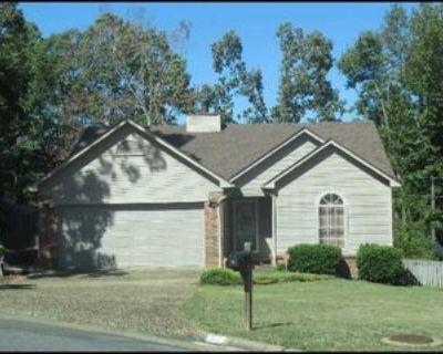 14 Cedar Ridge Ct, Little Rock, AR 72211 3 Bedroom Apartment