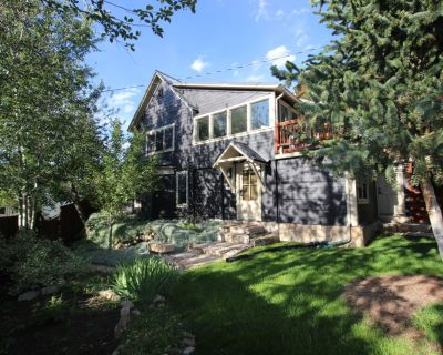 Upscale Privacy, Big lot overlooks Main.Steps to town.Best Old Town basecamp! - Downtown Park City