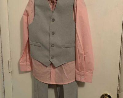 Boys medium size 10 peach and gray 3 piece suit