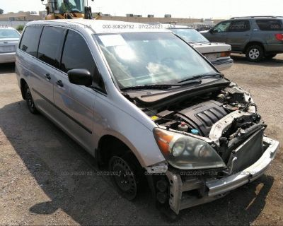 Salvage White 2008 Honda Odyssey