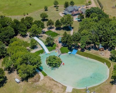 Amazing Private Retreat for Families & Friends Just Minutes from Dallas - Oak Leaf