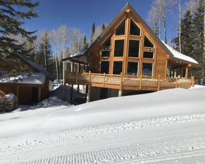 Littlebear ski in/ski out cabin - Beaver