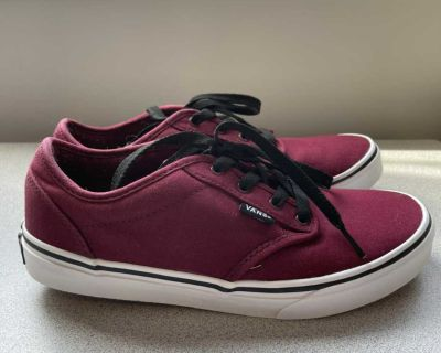 Vans shoes size youth 6 (which are a womens 7.5-