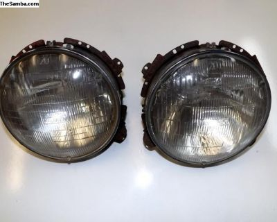 Porsche 911 Headlights With Mounting Frames