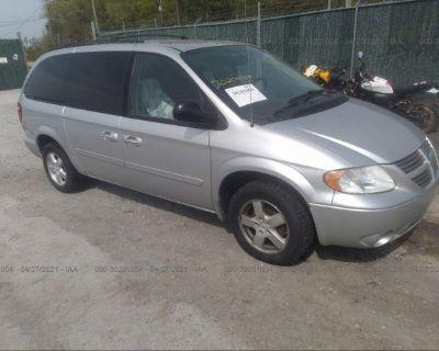 Salvage Silver 2006 Dodge Grand Caravan