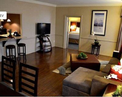 Quality Suites Oakville