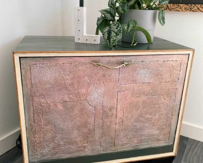 Record Player Table/Console
