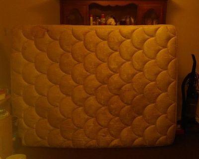 Free Queen mattress