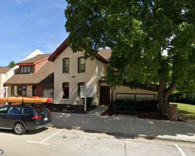 Mixed-Use Office Building For Sale