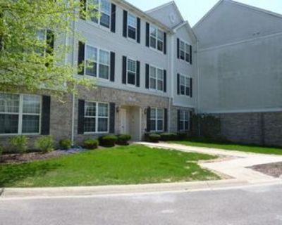 153 N Waters Edge Dr #B, Glendale Heights, IL 60139 2 Bedroom House