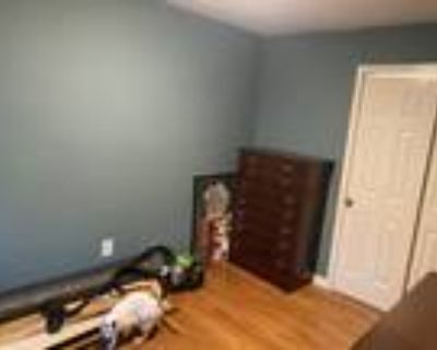 Roommate wanted to share 2 Bedroom 1 Bathroom Townhouse...