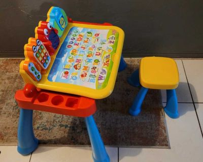 VTECH ACTIVITY TABLE AND BABY CHAIR