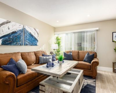 THE Nantucket -modern Townhouse - 4 Heated Pools @ OLD Town - Scottsdale