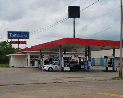 Greenwood Road Retail Space for Sale